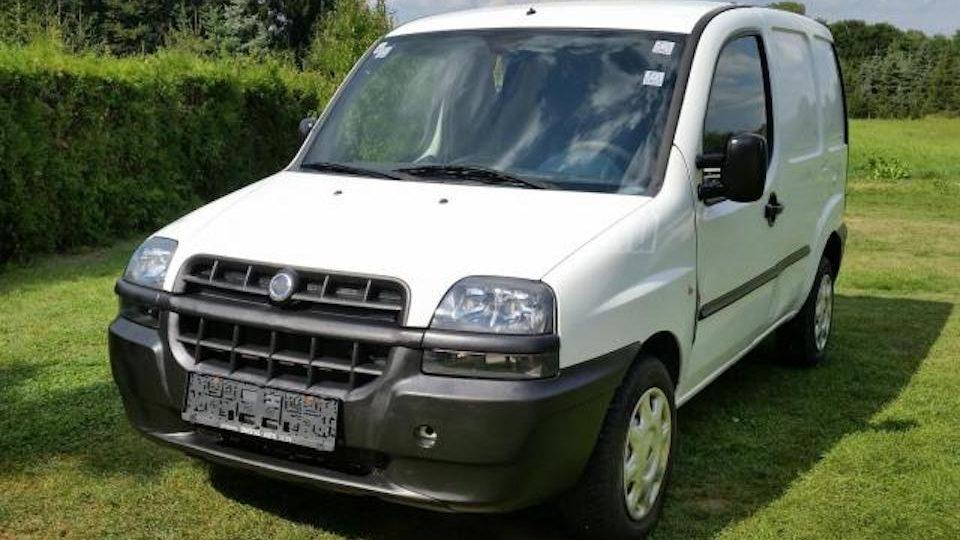 Fiat Doblo bérelhető teherautó